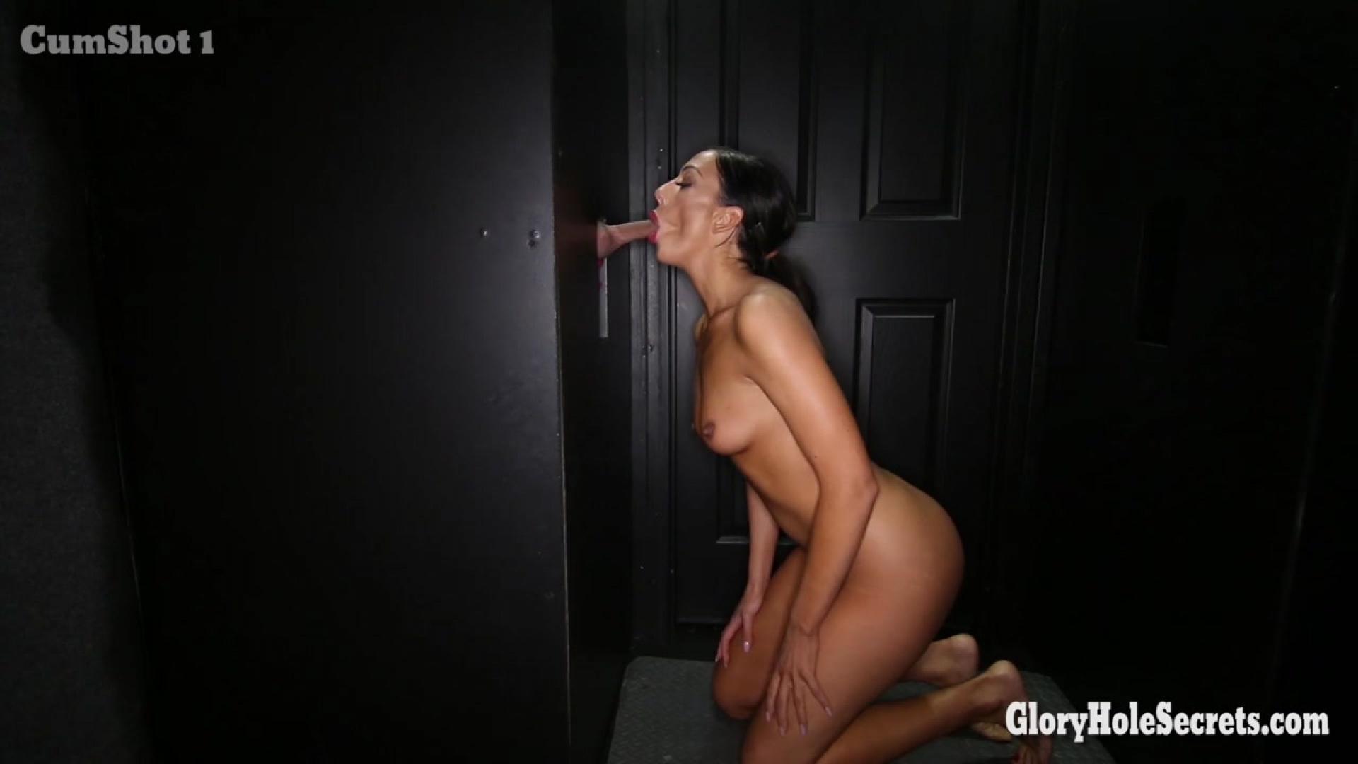 glory hole fuck club tiffany